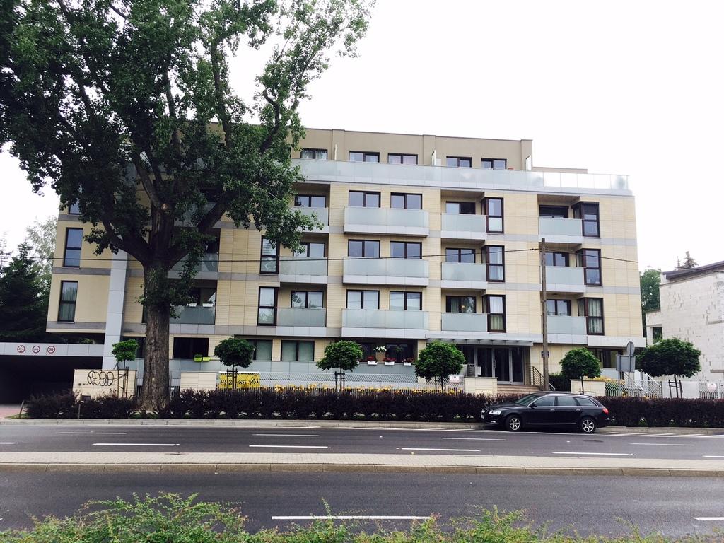 Apartamentowiec na Mokotowie